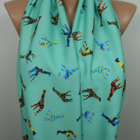 Giraffe Scarf Animal Infinity Scarf Mint Scarf Christmas Gifts For Her Fall Winter Fashion Women Fashion Accessory Gifts For Her For Teens S