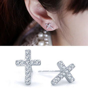 1 Pair Full Of Rhinestone Crosses Shape Sweet Delicate Ear Stud Earrings Jewelry (Color: Silver) = 1705896324