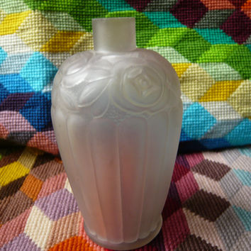 Antique french ART NOUVEAU perfume white glass scalopped bottle with typical roses pattern.Soliflore.