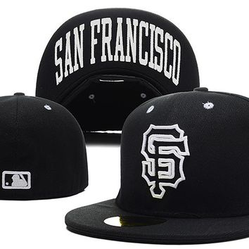 San Francisco Giants New Era MLB Authentic Collection 59FIFTY Hat Black-White