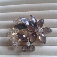 grey crystal flower rhinestone goldtone  brooch  pin