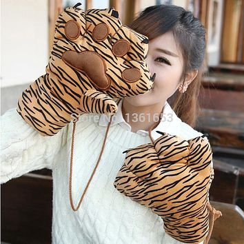 Furry Gloves For Cosplay - Velvety Wool Stuffed Wild Cat Paw Gloves
