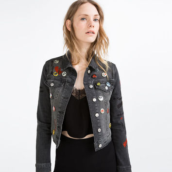 EMBROIDERED DENIM JACKET WITH PINS