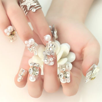 20 Pcs Luxury Pearl White Diamond Art Fake Nails for Bride = 1930119556