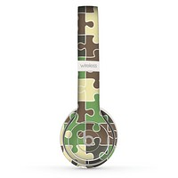 The Camouflage Colored Puzzle Pattern Skin Set for the Beats by Dre Solo 2 Wireless Headphones