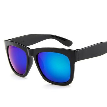The new RETRO SUNGLASSES big star small colorful pepper box trendsetter reflective sunglasses sunglasses sun glasses UV400