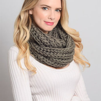 Chunky Braided Infinity Scarf-Grey