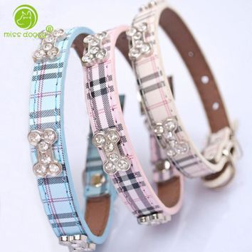 Top Fashion Plaid Dog Collar Bandana Adjustable Leather Pet Puppy Collars Mascotas Cachorro Necklace Cystal Bone Widge