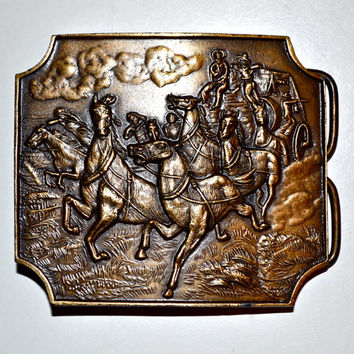 PIONEER COWBOYS and Wagon 1976 Bergamot Brass Works Belt Buckle Western Cowboy Ranch Excellent Condition D-39