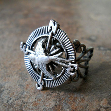 NEW DESIGN Adventurer Steampunk Compass Ring by enchantedlockets