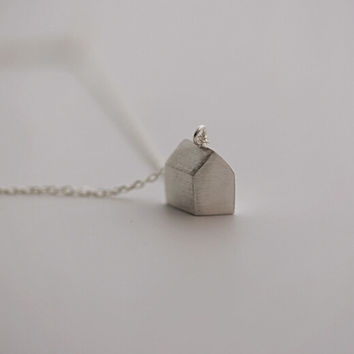 925 sterling silver Small house Necklace,cute house necklace,cubic house necklace,simple silver necklace,a dainty gift