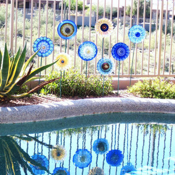 Glass Flower Garden Art Yard Decor Sun Catcher Reclaimed Material Mothers Day Gift Idea TAISIE