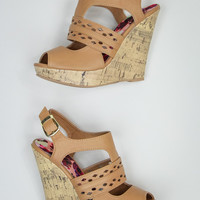 Everyday Wear Wedges in Camel