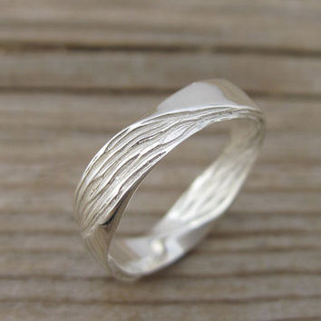 Mobius Wedding band - 4.5mm Mobius Ring In 14k White Gold, Wood Finish Wedding Ring, Modern & Contemporary, Mens Wedding Band, Wood