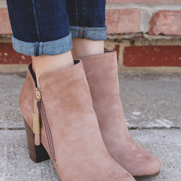 Out & About Booties - Sand