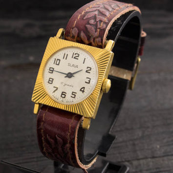 Vintage Slava womens watch gold plated russian watch ussr ccp soviet watch