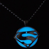 Glow in the dark Jewelry, Glowing Necklace,Stainless steel superman necklace, Glowing pendant = 1946143428