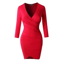 Lightweight 3/4 Sleeve Side Ruched Dress