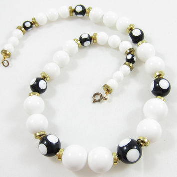 Black White Bead Necklace Lucite Plastic Choker Polka Dot Spring Summer Fashion Accessories Vintage Costume Jewelry Pearl 18 Inches Prom