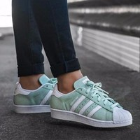 Best Online Adidas Superstar W Women's Green / While Classic Sneaker Sprot Shoes - S76154