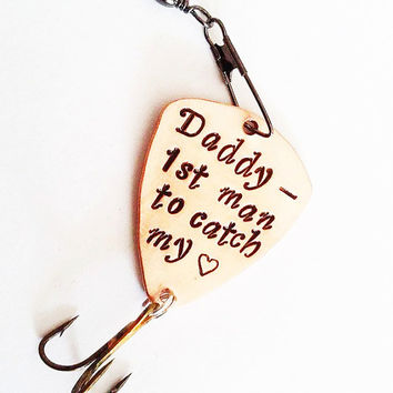 Daddy fishing lure, Personalized fishing lure, marine dad, hugs & fishies, 1st man to catch my heart, gift for dad, engraved for man, hook