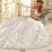[236.99] Romantic Satin Off-the-shoulder Neckline A-line Wedding Dresses with Lace Appliques - dressilyme.com