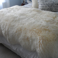 vintage Lambskin pure wool sheepskin New Zealand bed spread area rug