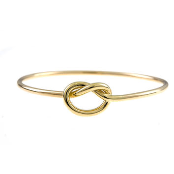 18 Karat Yellow Gold Knot Bracelet