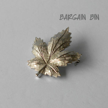 Vintage Keyes Maple Leaf silver tone Brooch Pin Bargain Bin