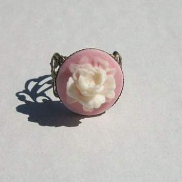 Rose Ring , Cameo Flower Ring , Vintage Style Jewelry , Spring Accessory , Pink and Ivory Floral Ring