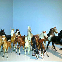 Lot of 13 VINTAGE BREYER HORSES Collectibles Collectors Toys Antiques Figurines