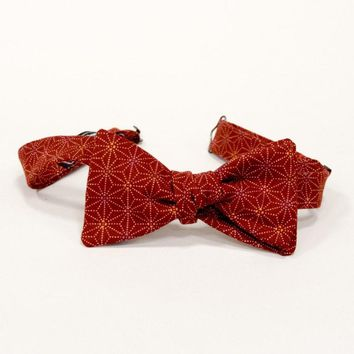 Red Geometric Floral Print Bow Tie