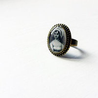 Jane Austen - Handmade Vintage Cameo Ring - Literature Jewelry - Pride and Prejudice  - Book Jewelry