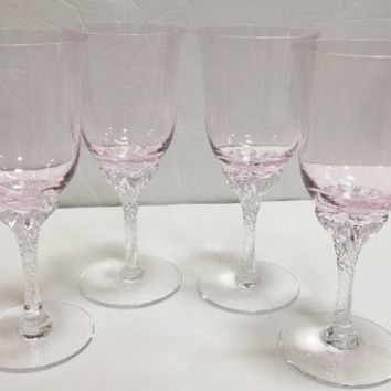 Sasaki Hawthorne Beautiful Set of 4 Coral Pink Wine Cocktail Drink Glass 61/4 in