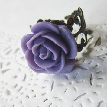 Violet Flower Cameo Ring - Filigree purple  rose Cabochon