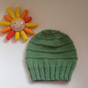 Hand Knitted, Crochet, green Baby Girl or Boy Hat,  Baby Shower, Gift, New Born