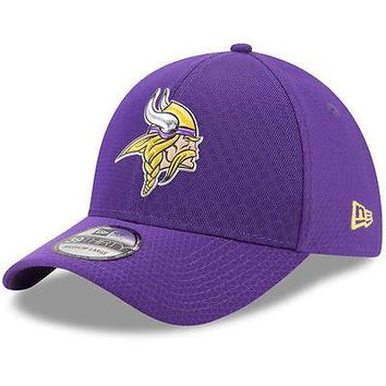 Minnesota Vikings New Era 39THIRTY Color Rush Sideline On Field Cap Hat Stretch
