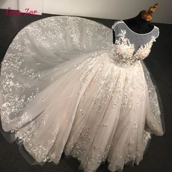 TaooZor Luxury Lace Ball Gown Wedding Dresses 2018 Princess Arabic 3-D Flowers Bridal Dress Open Back Wedding Dress Plus Size