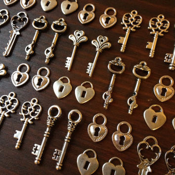 Lock & Key  Skeleton Keys and Locks  20 x by thejourneysend