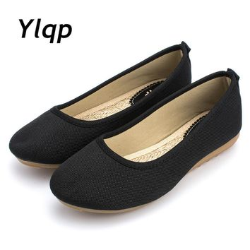 2017 Beautiful Summer New Shoes Women Flats Black and White Shoes Mother Nurses Shoes