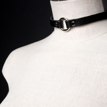 CLASSIC O-Ring Choker Necklace