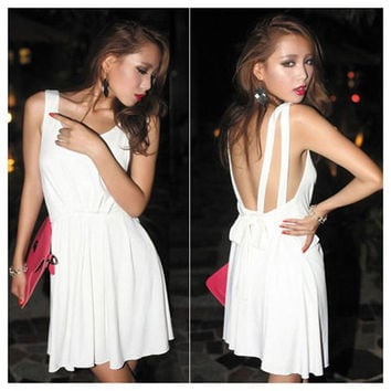 White V-Neck Elastic Waist Backless Mini Dress