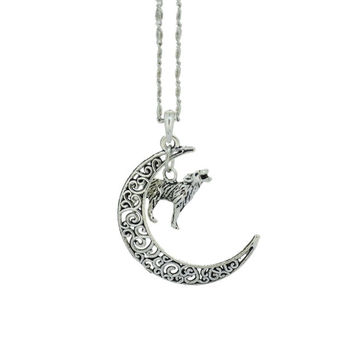 "Retro Silver Crescent Moon Necklace,Best Gifts for Friends (Size: 18"", Color: Silver) = 1958122564"