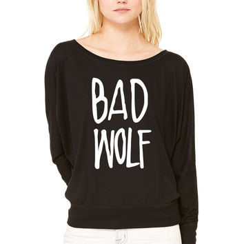 Bad Wolf WOMEN'S FLOWY LONG SLEEVE OFF SHOULDER TEE