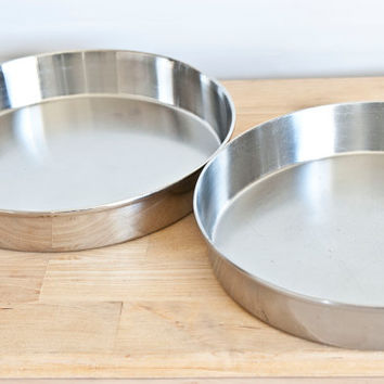 Pair of Vintage West Bend Stainless Steel Cake Pans, 9 1/2 Inch Pie Tins
