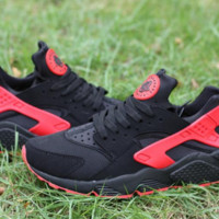 Black/Red Nike Air Huaraches