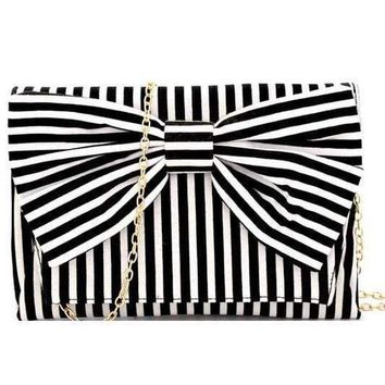 Canvas Bow Clutch Bag