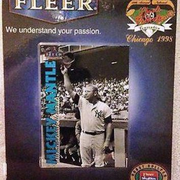 1998 FLEER MICKEY MANTLE NATIONAL SPORTS COLLECTORS VIP BADGE CHICAGO CARD RARE