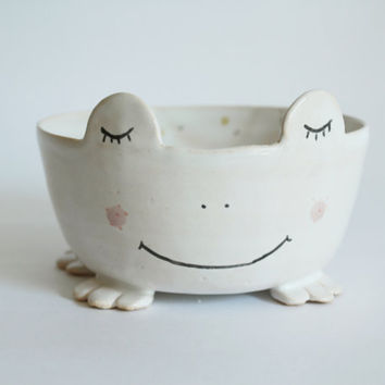 Ribbit the Frog, frog bowl with polka dot and heart inside, planter, trinket dish, animal bowl