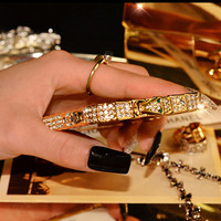 High quality Luxury Snake Diamond for iPhone5 5s SE Clear Metal Rhinestone Frame back cover phone case for iPhone 5 5s